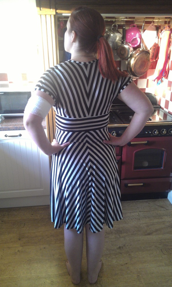 The back of the dress...ignore the weird pull where I have my hands on my hips!