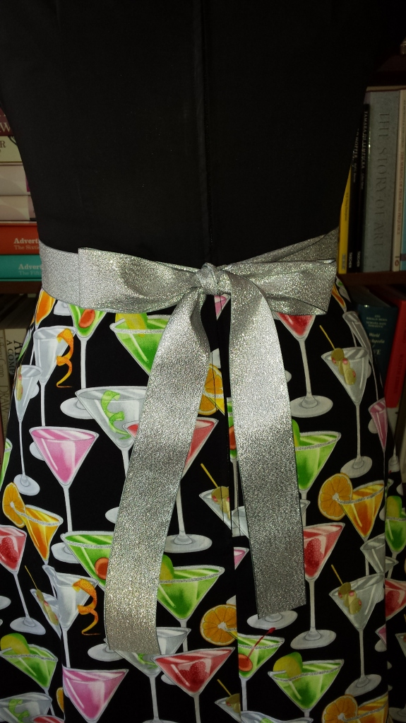 Back view - centred zip and sparkly ribbon!