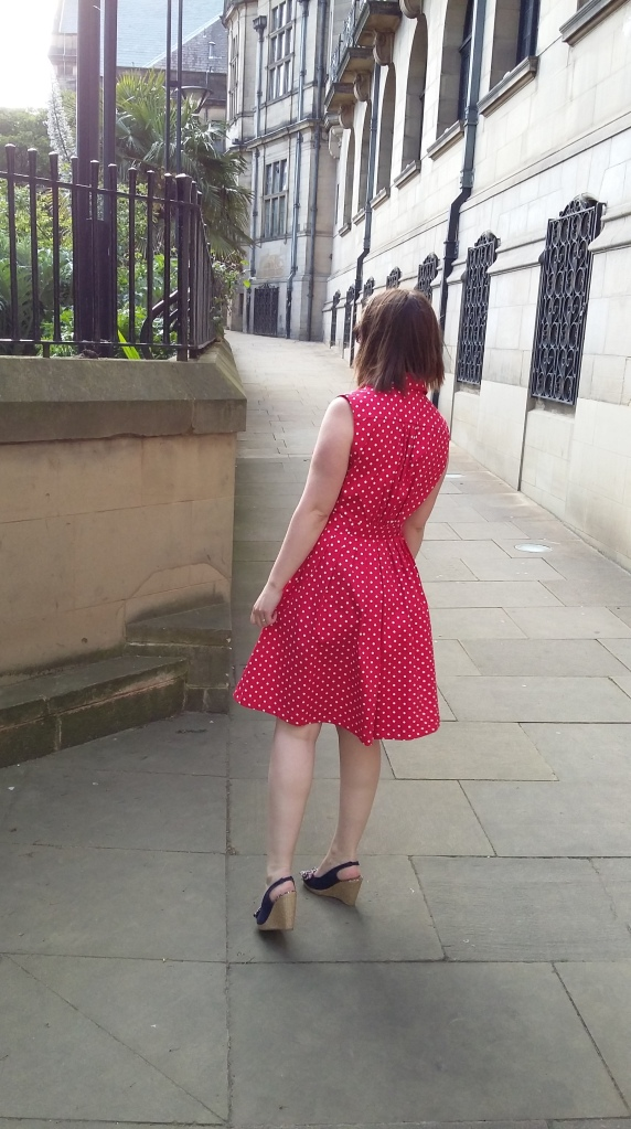 Back view. I love the pleats!