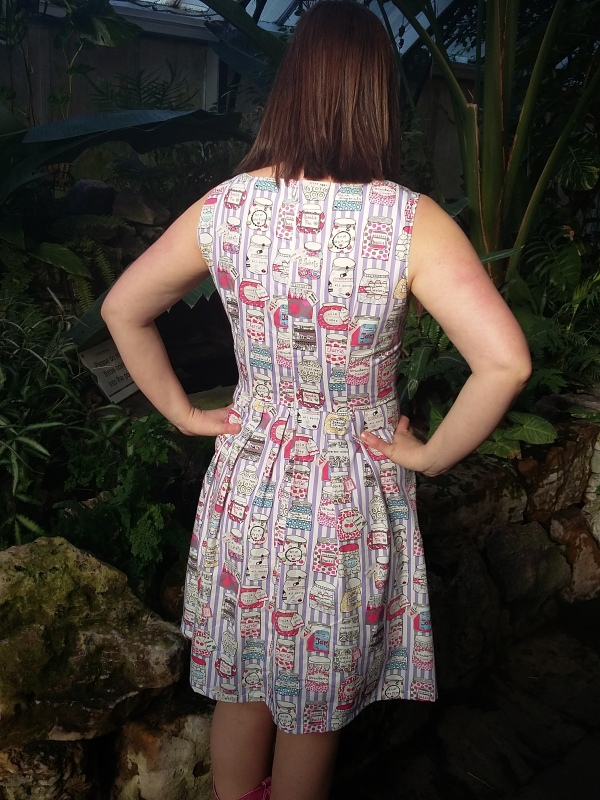 Back view. This photo was taken inside the Victorian conservatory at the park, which is lusciously warm and houses iguanas, tortoises and bearded dragons.