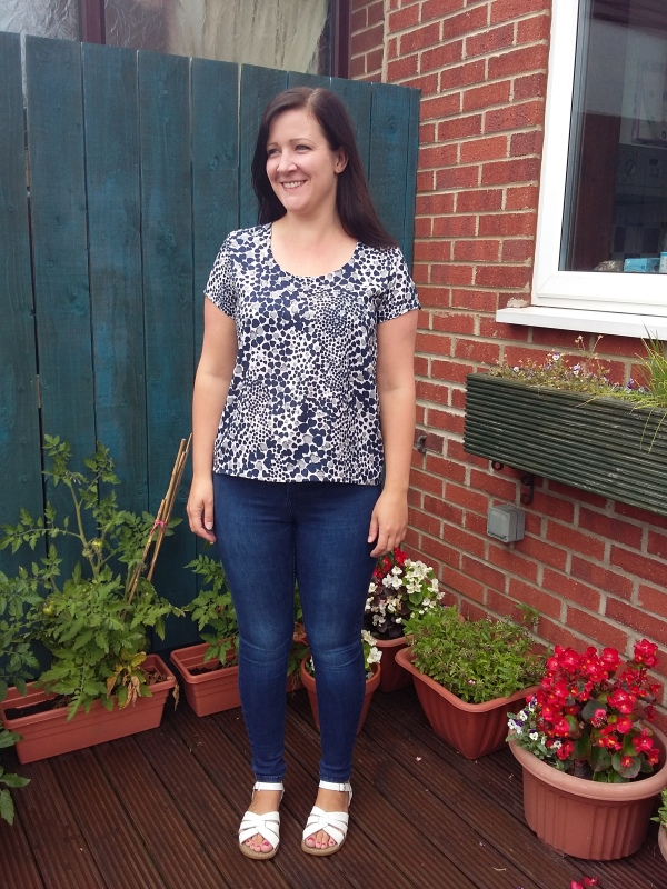 Grainline Scout Tee with jeans